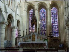 Laon_cathedral_notre_dame_interior_014