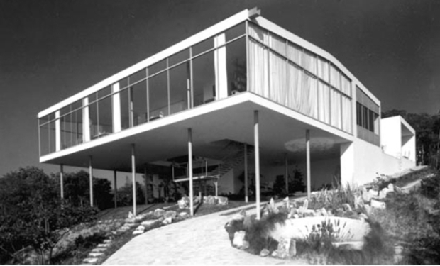 lina-bo-bardi-glass-house